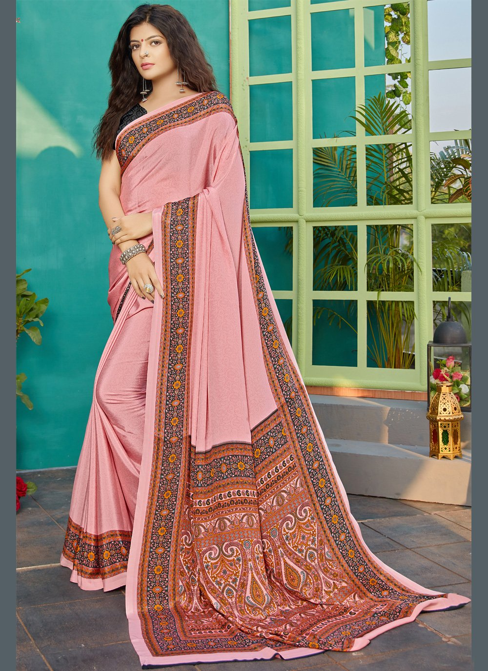 Crepe Silk Printed Classic Saree in Pink