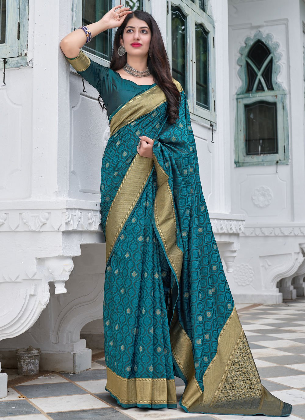 Designer Traditional Saree For Mehndi