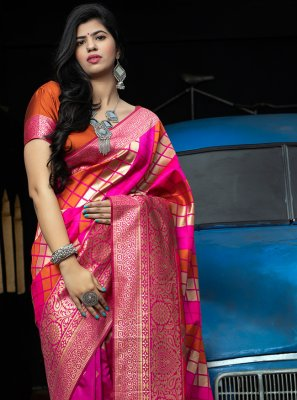 Designer Traditional Saree Weaving Banarasi Silk in Hot Pink