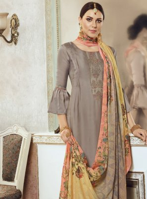 Embroidered Designer Pakistani Salwar Suit