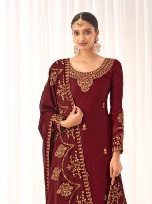 Embroidered Designer Pakistani Suit