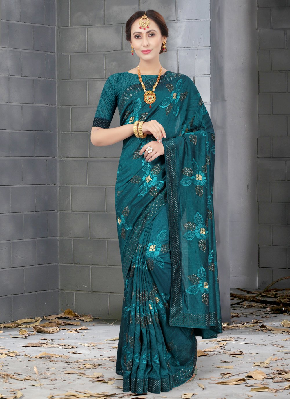 Embroidered Green Silk Designer Traditional Saree