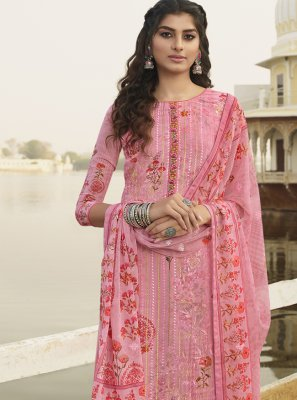 Embroidered Pink Georgette Bollywood Salwar Kameez