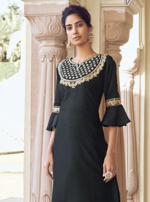 Embroidered Viscose Designer Kurti in Black