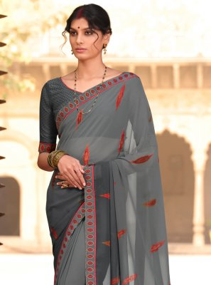 Faux Georgette Abstract Print Casual Saree in Grey