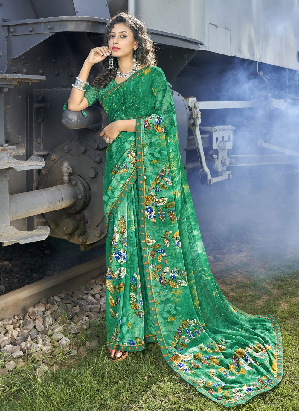 Faux Georgette Green Abstract Print Casual Saree