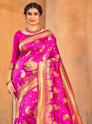 Fuchsia Banarasi Silk Weaving Classic Saree