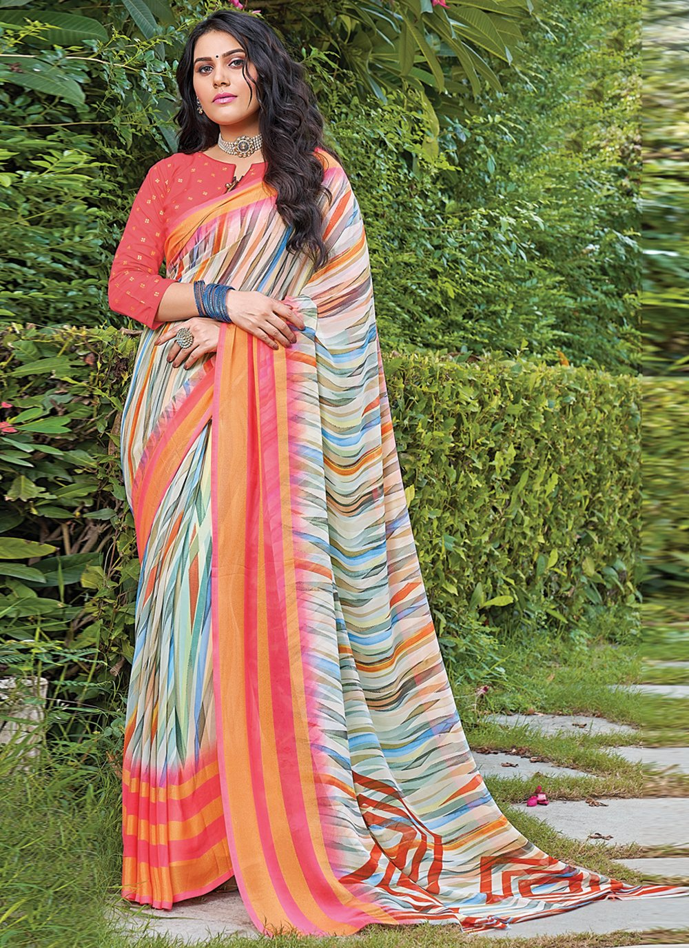 Georgette Classic Saree in Multi Colour