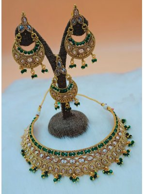 Gold and Green Moti Mehndi Necklace Set