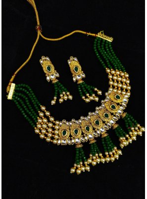 Gold and Green Party Necklace Set