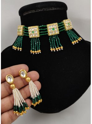 Gold and Green Stone Engagement Necklace Set