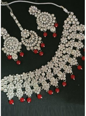 Gold and Maroon Mehndi Necklace Set