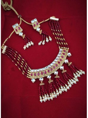 Gold and Maroon Stone Necklace Set