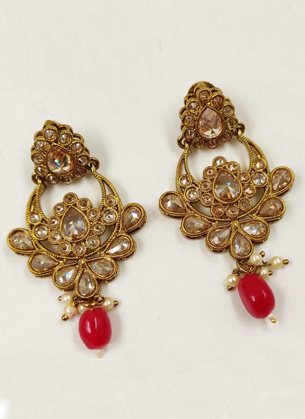 Gold Moti Ear Rings