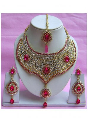 Gold Stone Sangeet Necklace Set