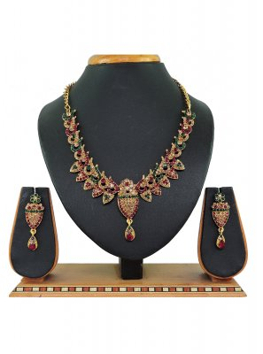Green and Maroon Stone Work Mehndi Necklace Set