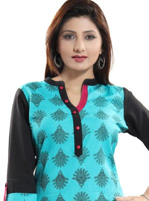 Green Blended Cotton Casual Kurti