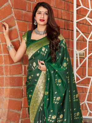 Green Silk Weaving Traditional Saree