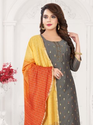Grey Embroidered Bollywood Salwar Kameez
