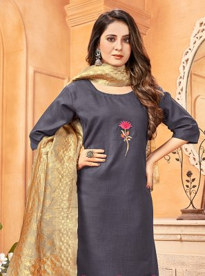 Handloom Cotton Embroidered Pant Style Suit in Grey