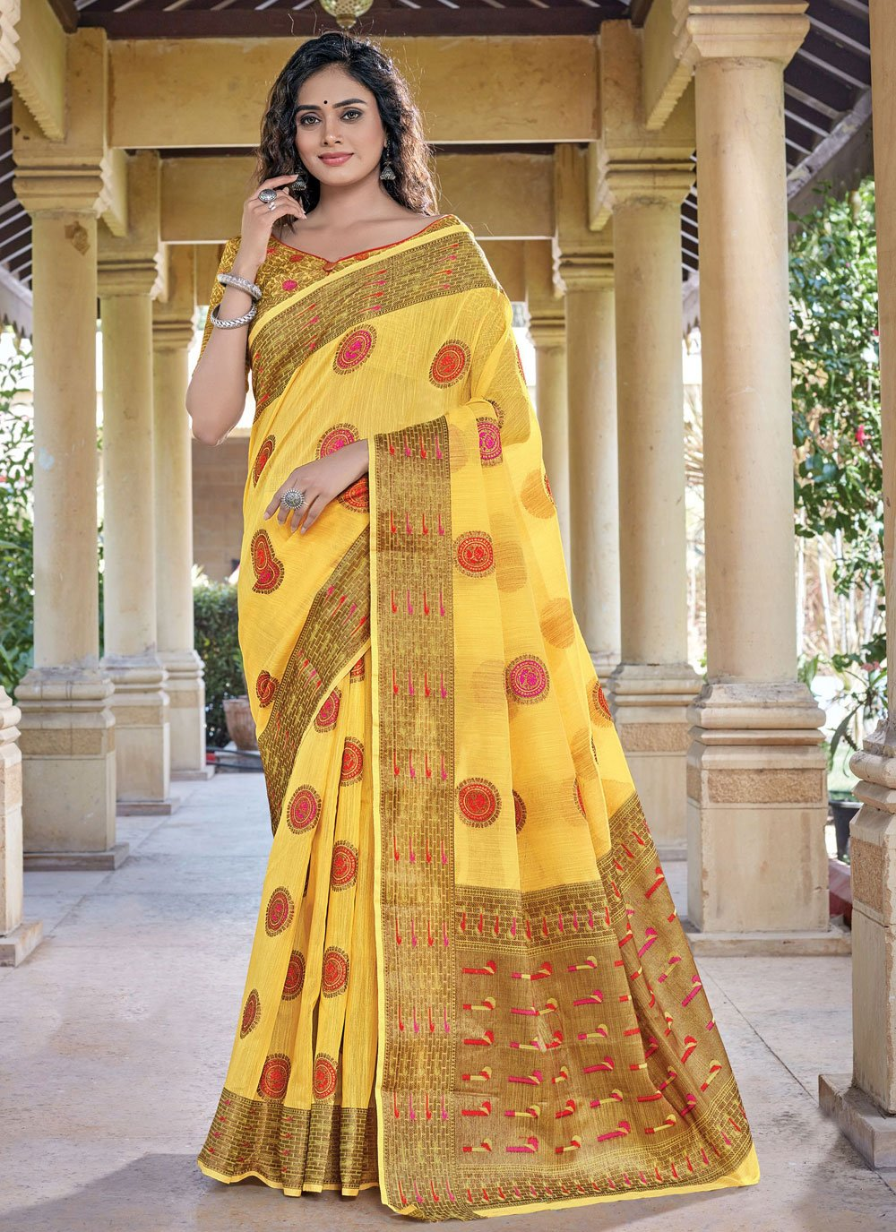 Handloom Cotton Yellow Classic Saree