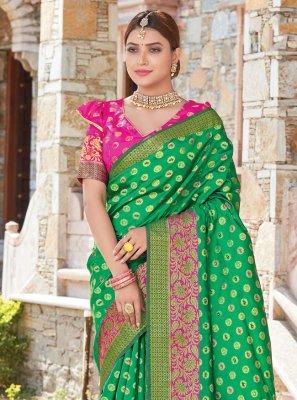 Handloom silk Weaving Green Traditional Designer Saree
