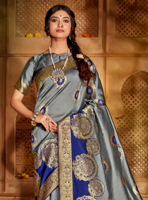 Jacquard Silk Traditional Designer Saree in Grey