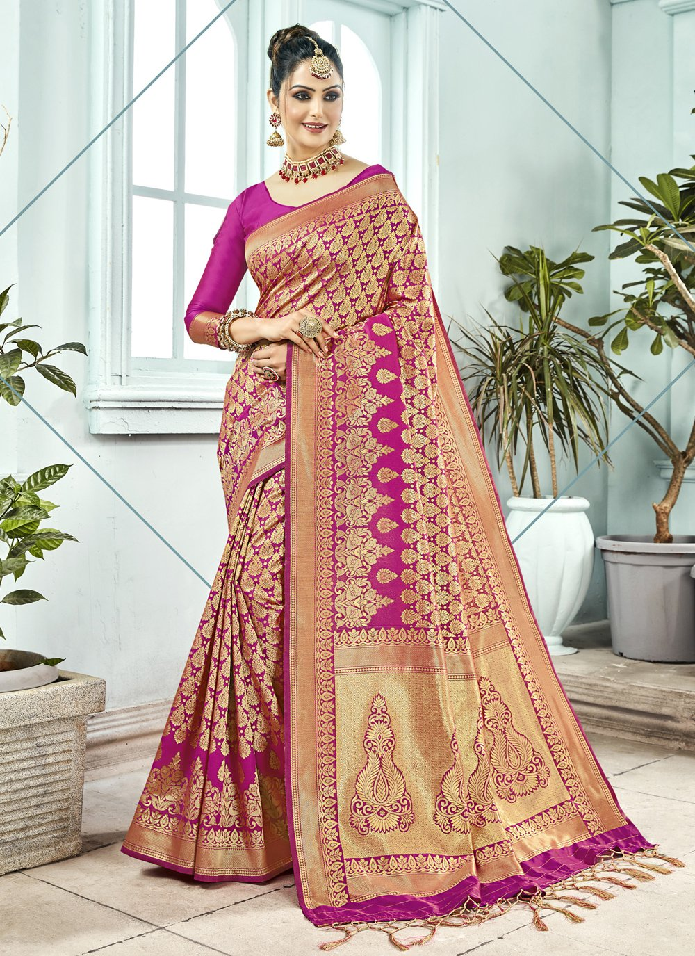 Kanchipuram Silk Woven Pink Traditional Saree