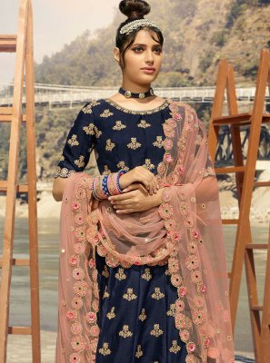 Lehenga Choli Resham Banarasi Silk in Navy Blue