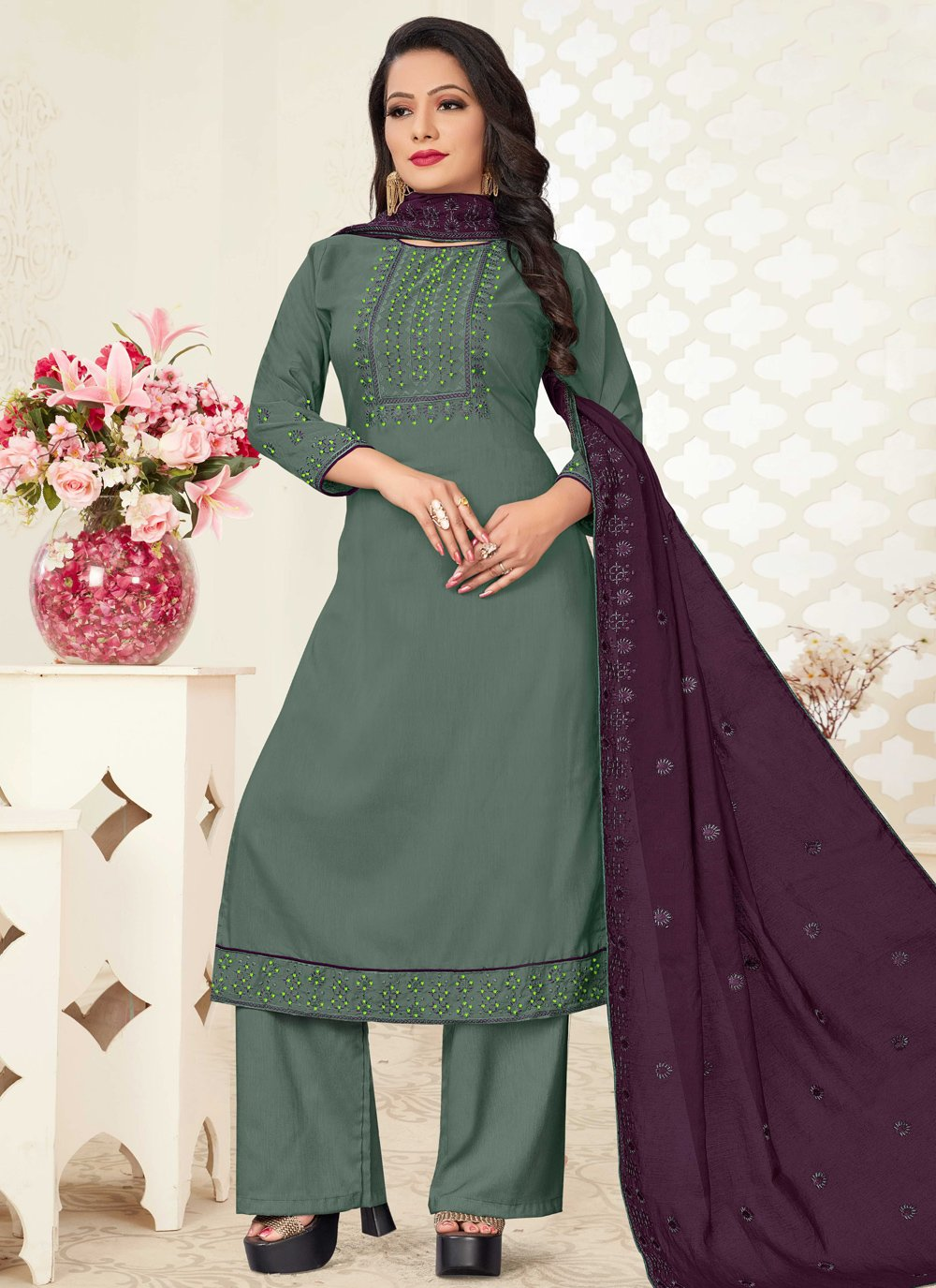 Linen Readymade Suit in Green