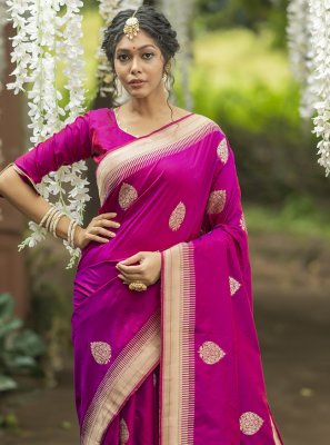 Magenta Banarasi Silk Mehndi Traditional Saree