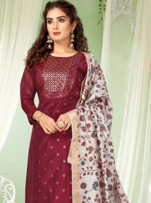Magenta Chanderi Embroidered Bollywood Salwar Kameez