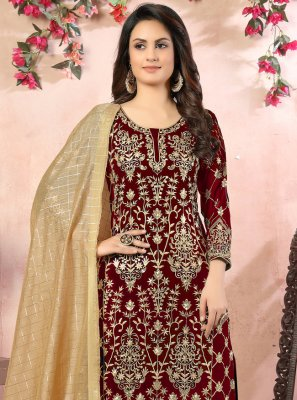 Maroon Faux Georgette Embroidered Bollywood Salwar Kameez
