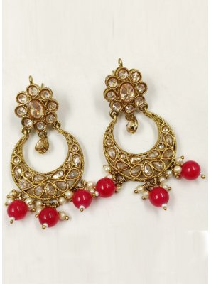 Moti Ear Rings in Gold and Maroon