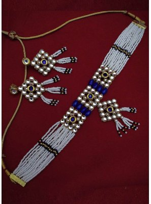 Moti Necklace Set in Blue and White