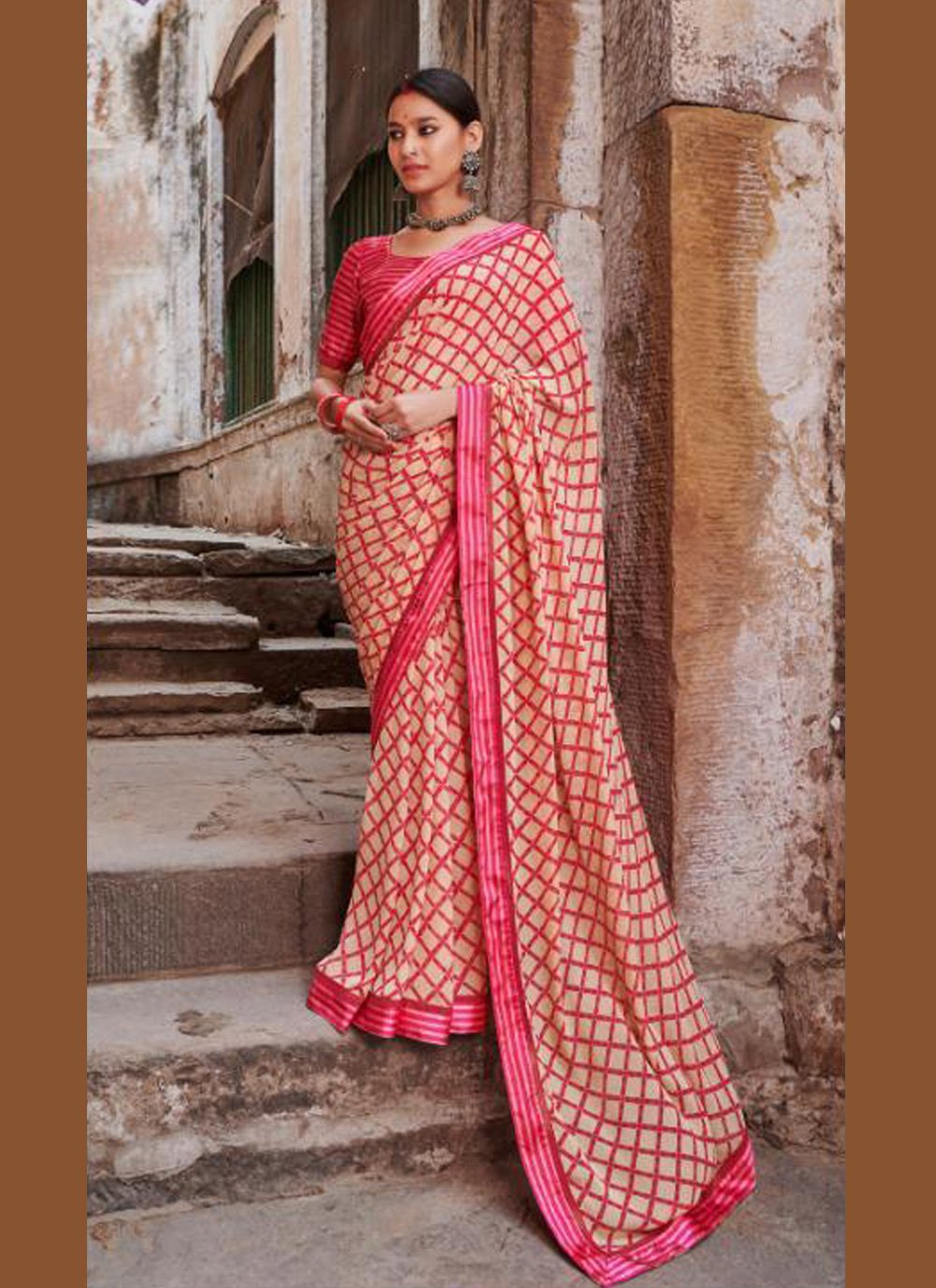 Multi Colour Abstract Print Weight Less Casual Saree