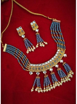 Necklace Set Moti in Gold and Grey