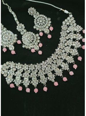 Peach and Silver Color Necklace Set