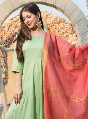 Plain Rayon Anarkali Salwar Kameez in Green