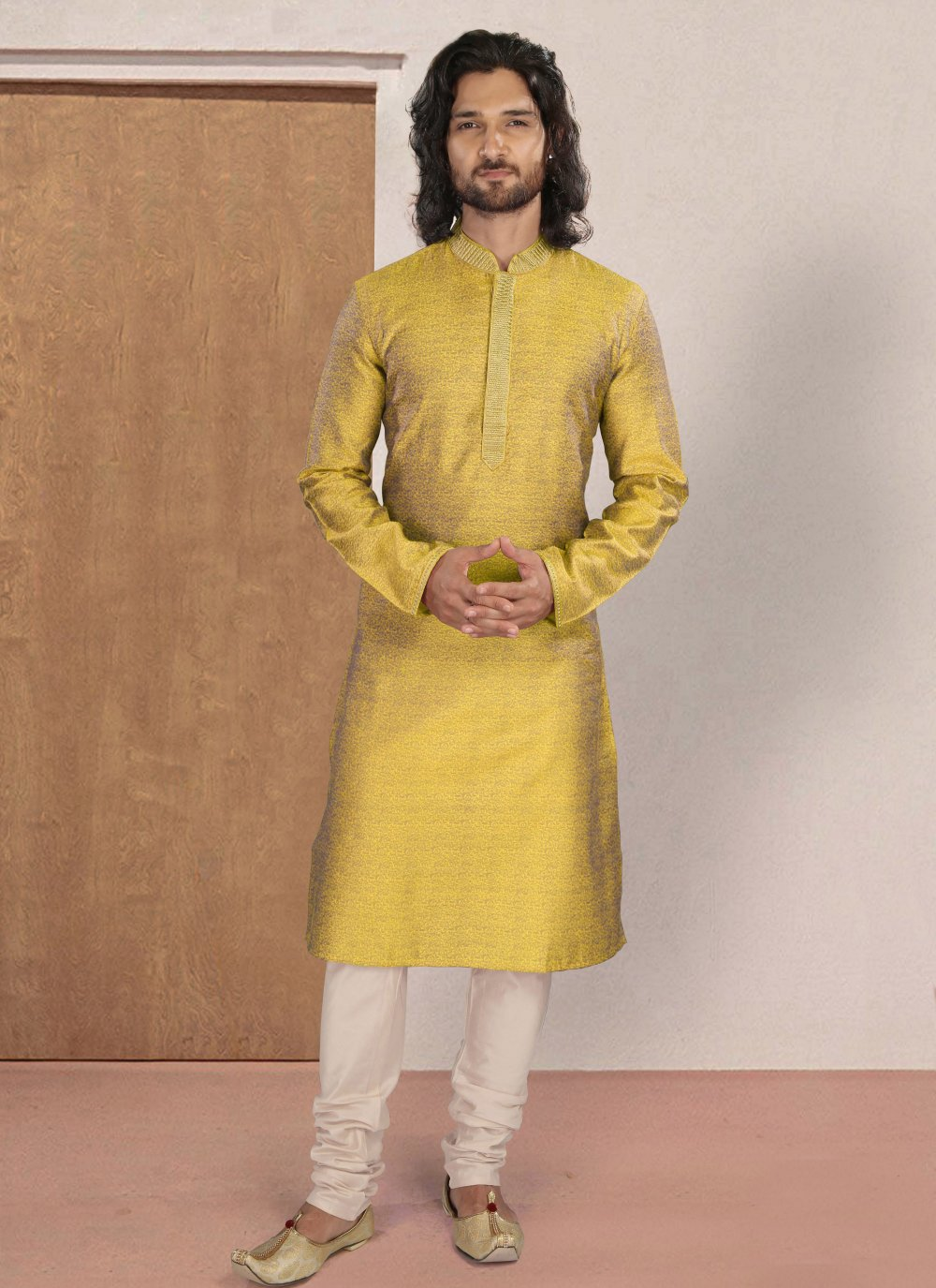 Polyester Print Kurta Pyjama in Yellow