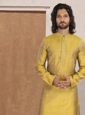 Polyester Print Kurta Pyjama in Yellow