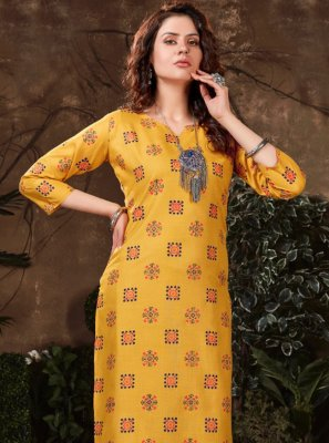 Print Fancy Fabric Party Wear Kurti