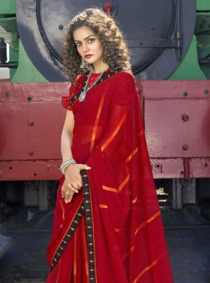Red Abstract Print Casual Saree