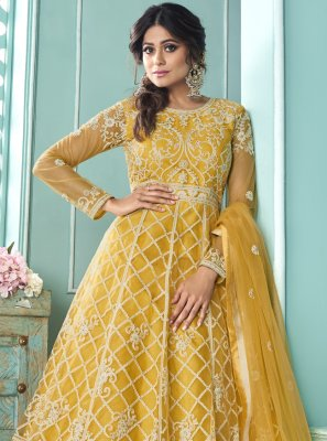 Shamita Shetty Genius Yellow Long Choli Lehenga