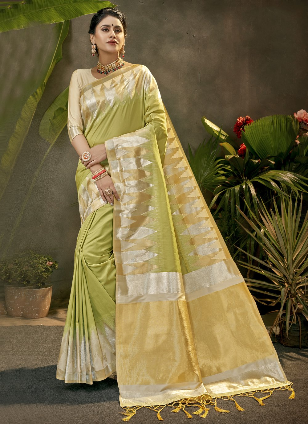 Silk Green Woven Traditional Saree