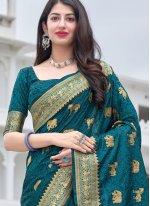 Silk Morpeach  Weaving Traditional Saree