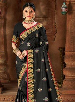 Silk Weaving Traditional Saree in Black