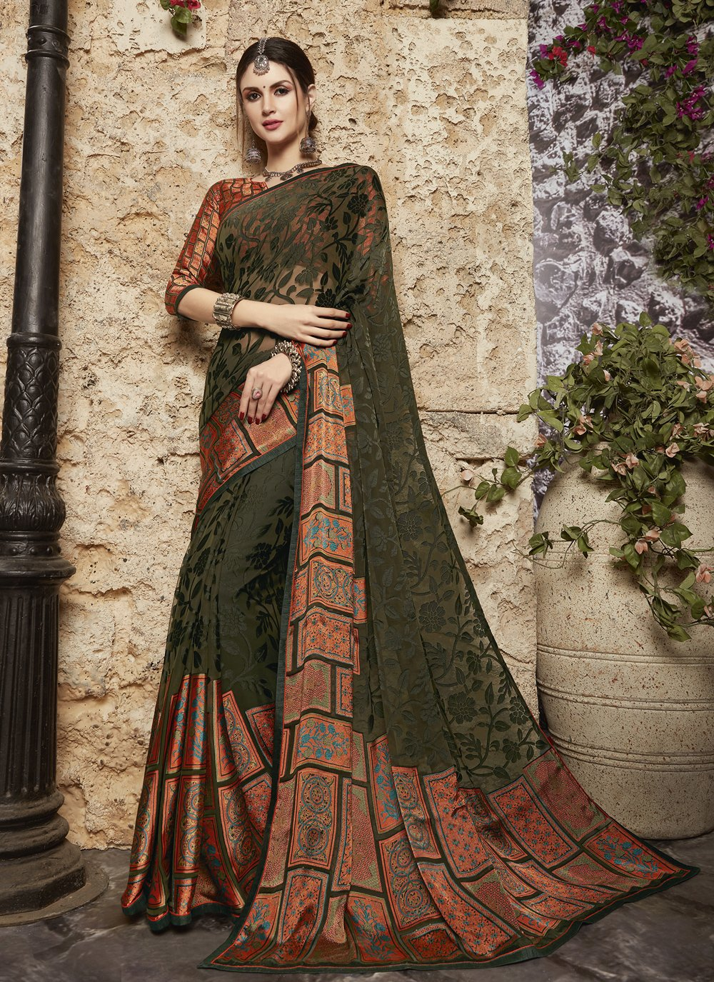 Tissue Brasso Green Abstract Print Printed Saree
