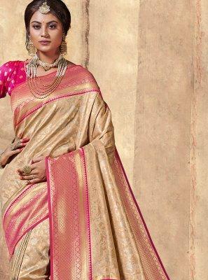 Traditional Saree Weaving Silk in Multi Colour