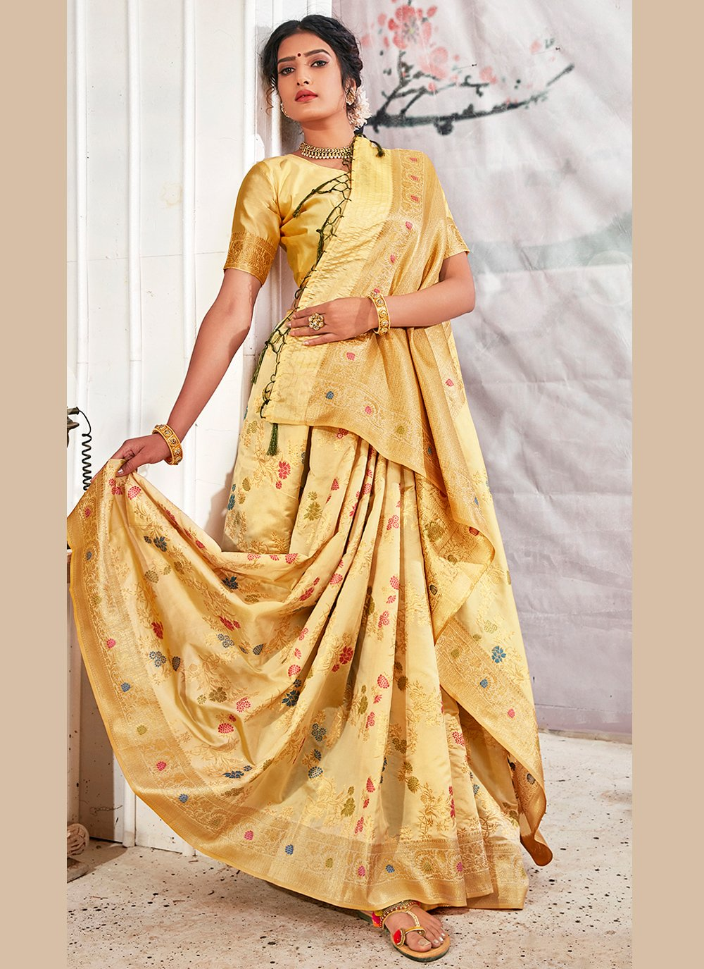 Weaving Banarasi Silk Designer Traditional Saree in Beige